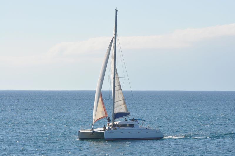 Catamaran-IzaroIV-2
