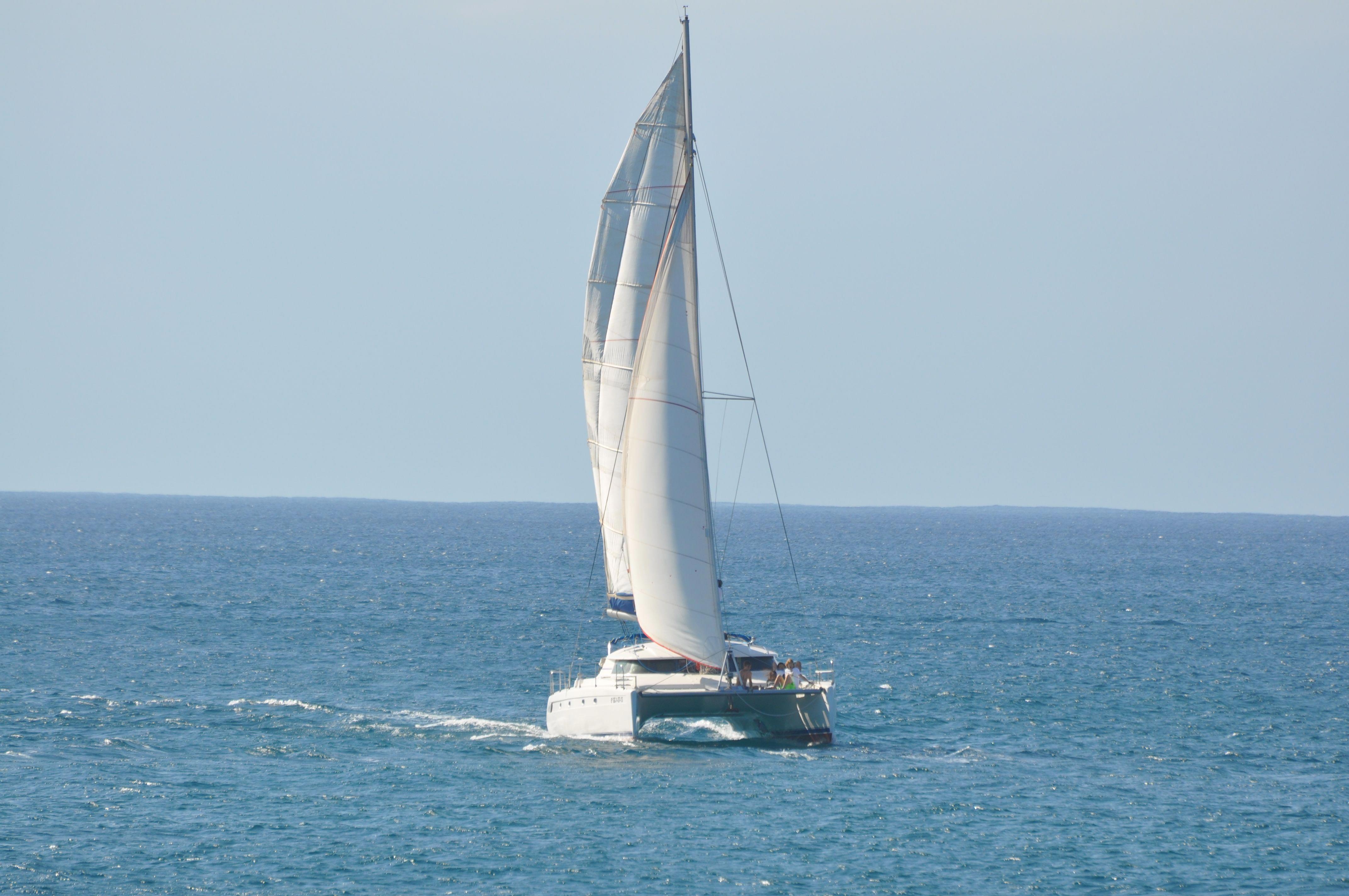 Catamaran-IzaroIV-3