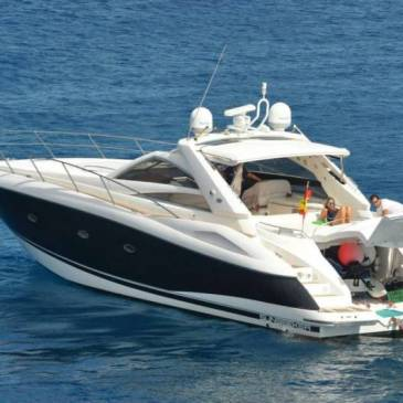 """BOAT AND YACHT RENTAL IN LANZAROTE – """"VANQUISH"""""""