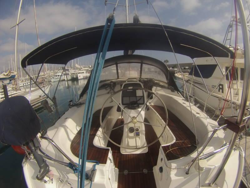Bavaria 39 bareboat