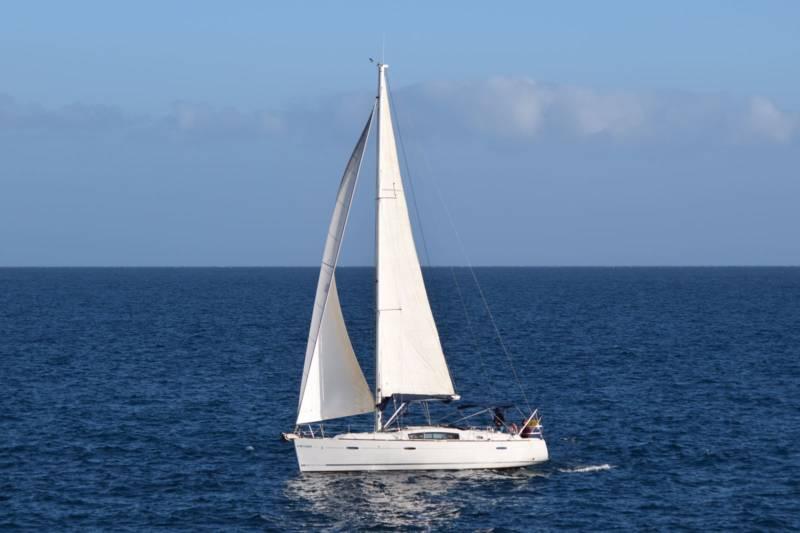 Oceanis 40 sin tripulacion
