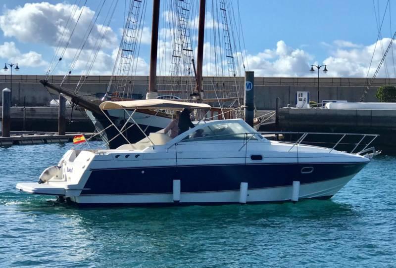Barco de alquiler sin tripulación